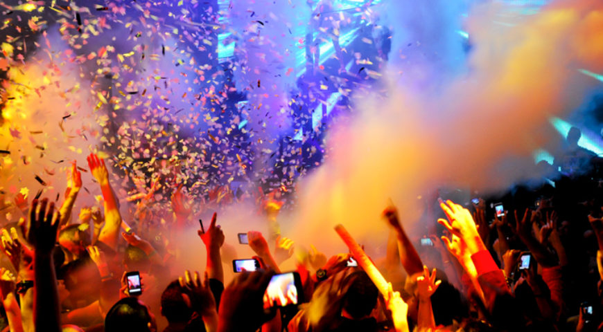 Night club service: Add fun to your special evening limo ride!